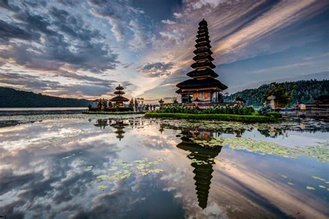 wonderful indonesia menang  international tourism film