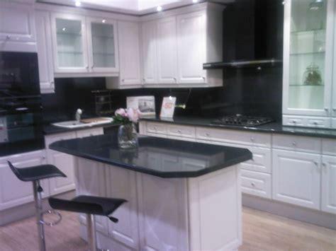 construire un ilot de cuisine notre cuisine hygéna commandé aujourd ui le 8 11 2008 20