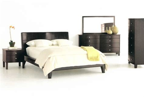 cosmo bedroom set by sitcom furniture