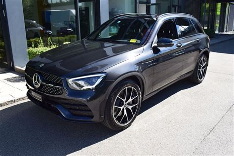 Use our free online car valuation tool to find out exactly how much your car is worth today. Neuwagen SUV Mercedes-Benz GLC-Klasse GLC 200 AMG Line 4Matic 9G-Tronic 1 km für 69800 CHF ...