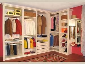 Cabina armadio: idee originali per crearne una low cost
