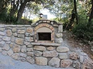 Construire Un Mur En Pierre : construire un mur en pierres avec barbecue int gr youtube ~ Melissatoandfro.com Idées de Décoration