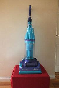 Dyson Allergy Blue Bagless Vacuum Cleaner Ebay