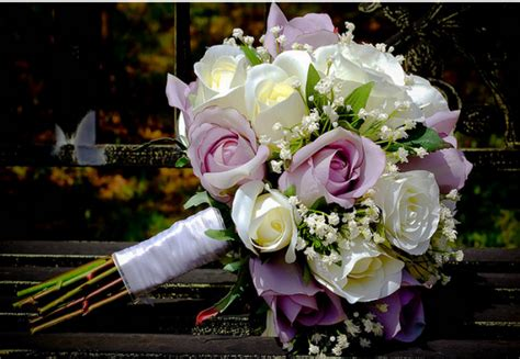 Classic Bridal Bouquet With Roses In White And Purple Pink.png
