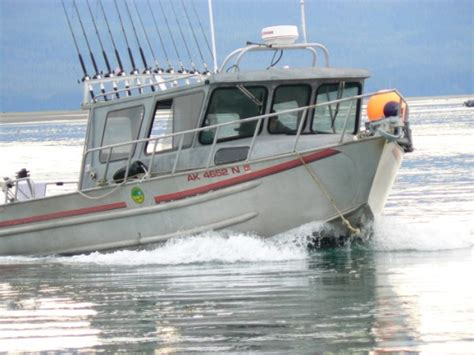 Fishing Boat Deckhand by Insulated Fishing Boots A Deckhands Review Of Xtratuf