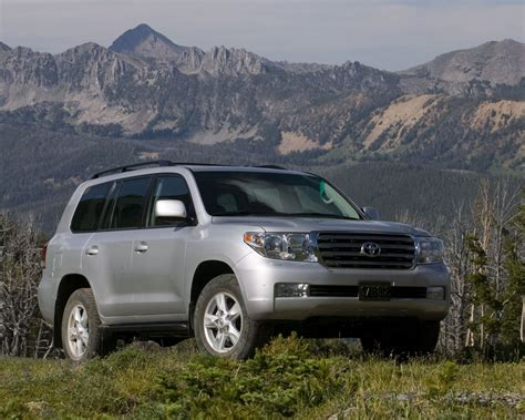 Toyota Land Cruiser Backgrounds by Toyota Land Cruiser V8 4wd Free 1280x1024 Wallpaper