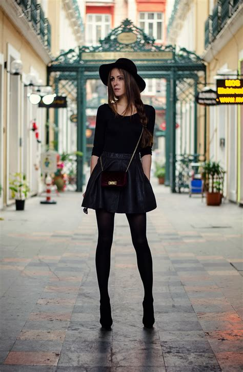 Rock Chic Inspired Street Style Outfits To Steal Now 2018   FashionGum.com