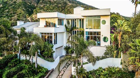 Elegant 3 Story Broad Beach House