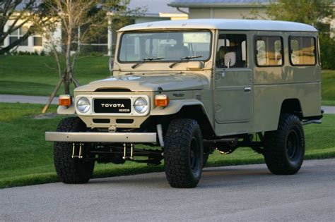 1984 Toyota Land Cruiser by 1984 Toyota Land Cruiser Information And Photos Momentcar