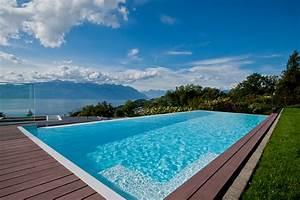 Piscine A Débordement : piscine d bordement piscines carr bleu ~ Farleysfitness.com Idées de Décoration