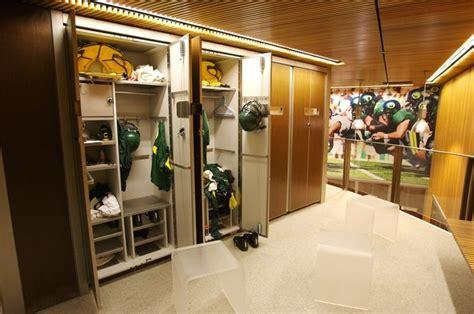 ducks quackattack football locker room pac12 bluedude