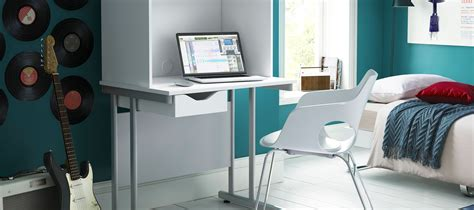 desks for bedroom how to choose a desk for a teenagers bedroom kit out my