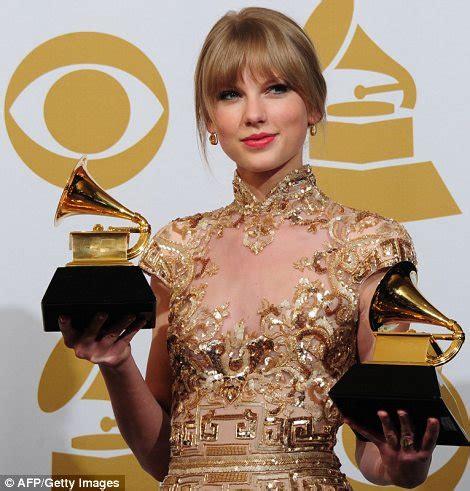 grammys  winners adele wins  awards   world