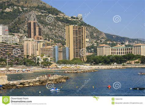 monaco strand hotel het strand larvotto in monaco stock afbeelding afbeelding bestaande uit monaco hotels