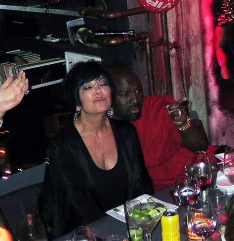 Khloe Kardashian Confirms Kris Jenner's Excessive Drinking ...