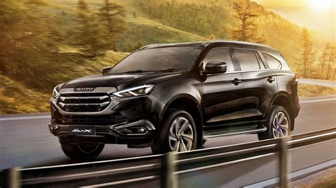 With the two rear rows of seats fully folding, there's a configuration for pretty much every scenario. ¡Oficial! Isuzu MU-X 2021: Un D-Max en formato SUV para ...