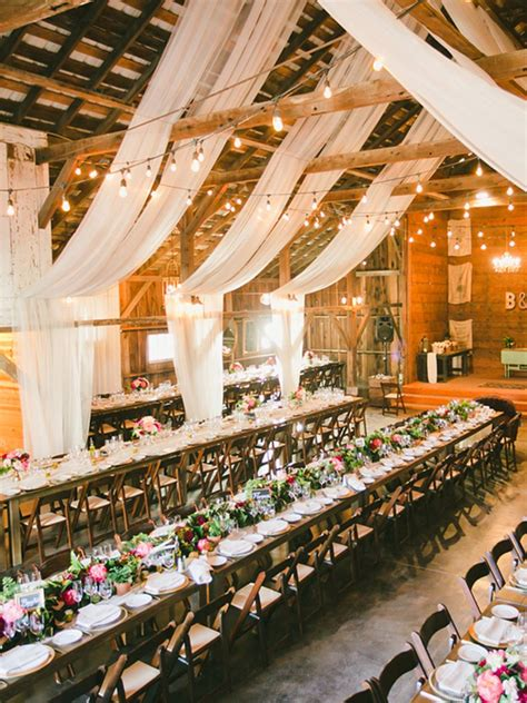 20 (Easy ) Ways to Decorate Your Wedding Reception
