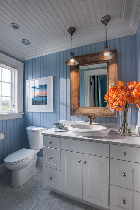 best colors for a bathroom 2015 hgtv home 2015 guest bathroom hgtv home