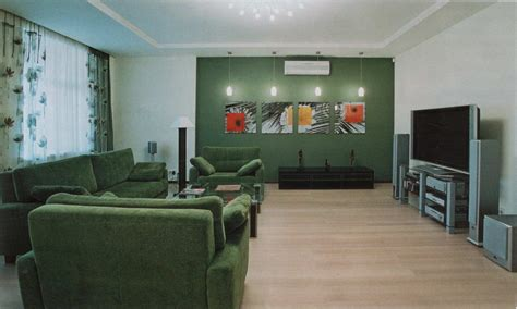 paint colors for small living room with green