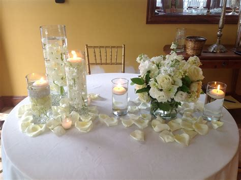 Wedding Centerpiece Set Up Of Diamond Banded Staggered