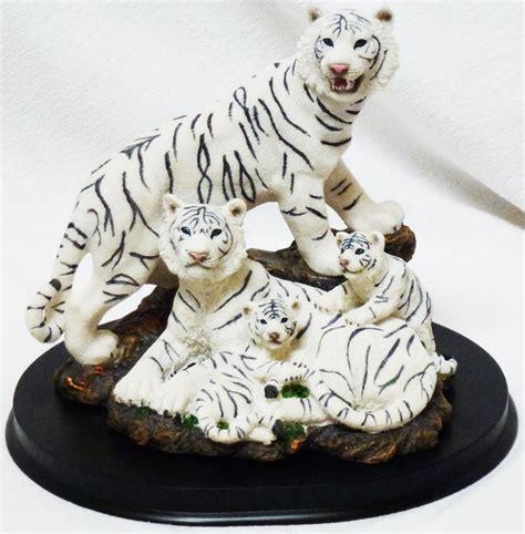 """Home White Tiger Family Statue Figurine H725"""""""