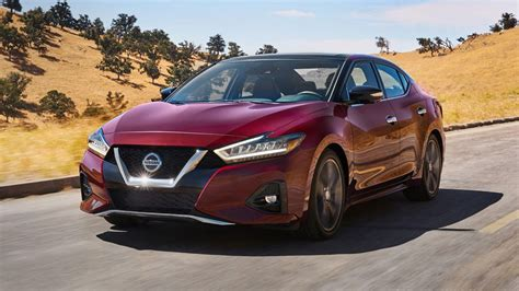 The Refreshed 2019 Nissan Maxima Gets A Bolder Look