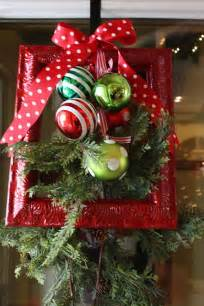 Lighted Christmas Wreaths Outdoor by 27 Diy Outdoor Christmas Decorations To Light Up Your Home