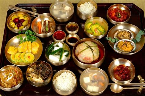 cuisine coreenne un petit aperçu de la cuisine coréenne kimchi bibimbap