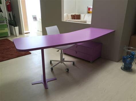 scrivania sagomata scrivania sagomata in offerta camerette a prezzi scontati