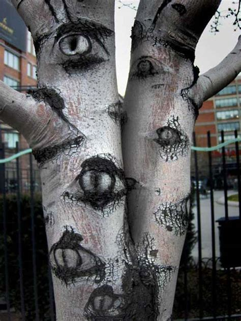 top  creepy ideas  decorate outdoor trees