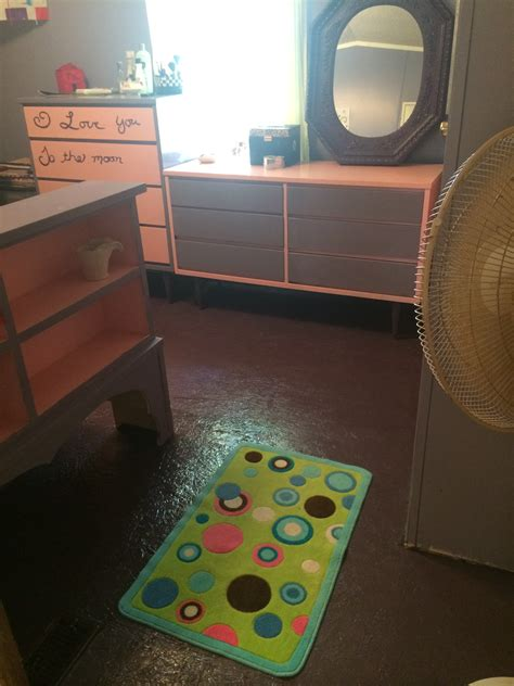 How To Paint Your Mobile Home Subfloor