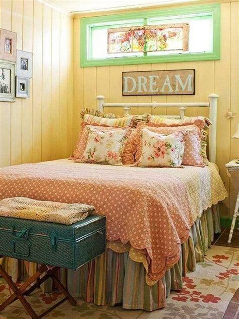 cozy vintage themed bedroom  girls home design  interior