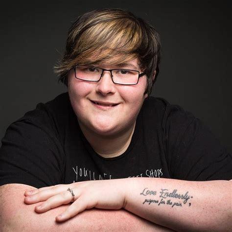 Als Je Iemand Met Een Puntkomma Tattoo Ziet, Dit Is Wat