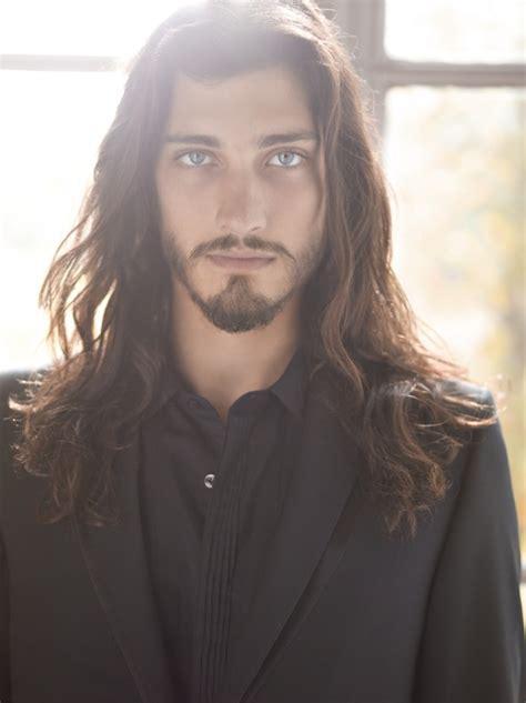 Coiffure Homme Cheveux Long Raide