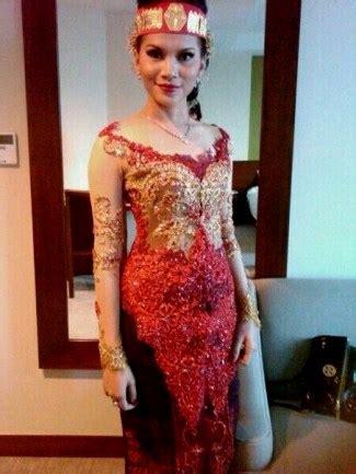 berbagai inspirasi model kebaya pengantin batak terbaru