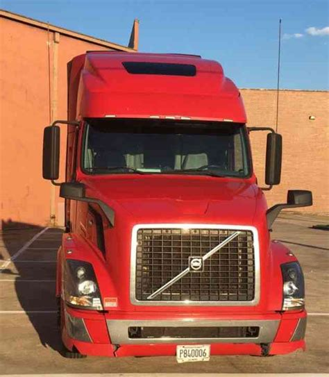 volvo big truck volvo vnl670 2010 sleeper semi trucks