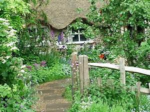 Country Garden Design : chelsea pensioners garden ~ Sanjose-hotels-ca.com Haus und Dekorationen