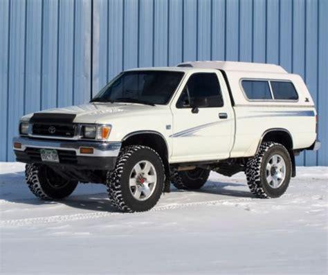 Toyota Tacoma 4wd by Buy Used 1994 Toyota Tacoma 4wd Dlx Standard Cab Custom