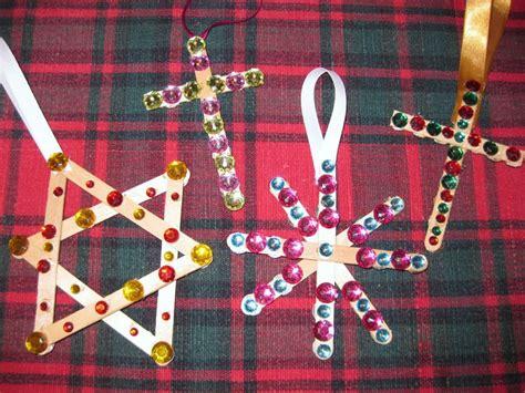 christian christmas crafts for preschoolers preschool crafts for cross ornament 914