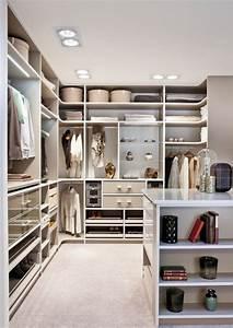 Begehbarer Kleiderschrank Klein : begehbarer kleiderschrank luxus f r fashion fans ~ Eleganceandgraceweddings.com Haus und Dekorationen