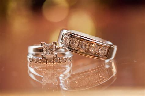 20+ Square Wedding Ring Designs, Trends, Models