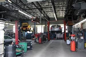Car Repair Garage Design