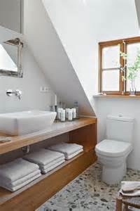 badezimmer holzmöbel holzmöbel wohnen mit holz roomido