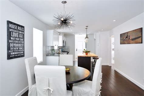 Spanish Bungalow Interior In White — Bungalow House