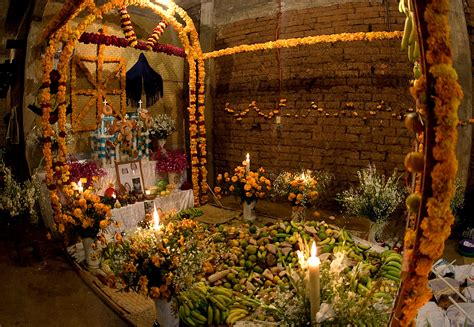 Día De Los Muertos: See The Meaning Behind The Altar For