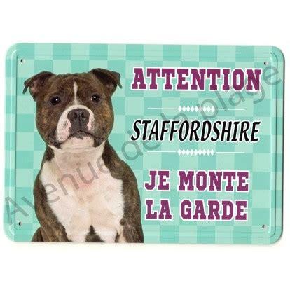 pancarte m 233 tal attention au chien staffordshire