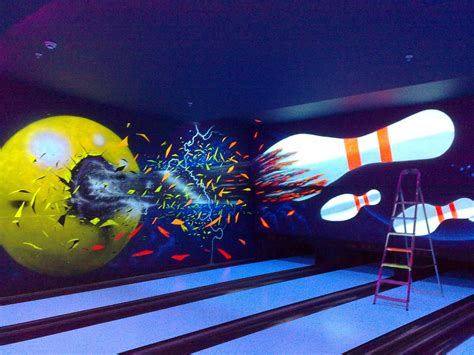 uv themed bowling alleys incorporate uv fluorescent paints