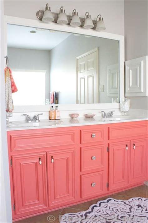 Coral Color Bathroom Decor by Best 25 Coral Bathroom Decor Ideas On Coral