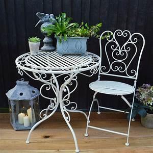 Bistrotisch Und Stühle : traditioneller bistrotisch passend f r jeden garten ~ Michelbontemps.com Haus und Dekorationen