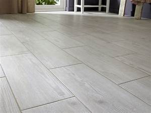 les 25 meilleures idees de la categorie carrelage With revetement de sol imitation parquet